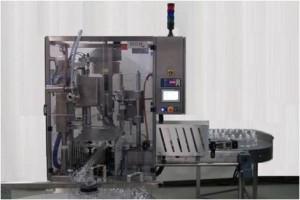 Machine de remplissage haute cadence pour liquide fluide, moussant et semi-visqueux.