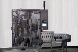 High speed filling machine for liquid designed and manufactured by MOM Packaging